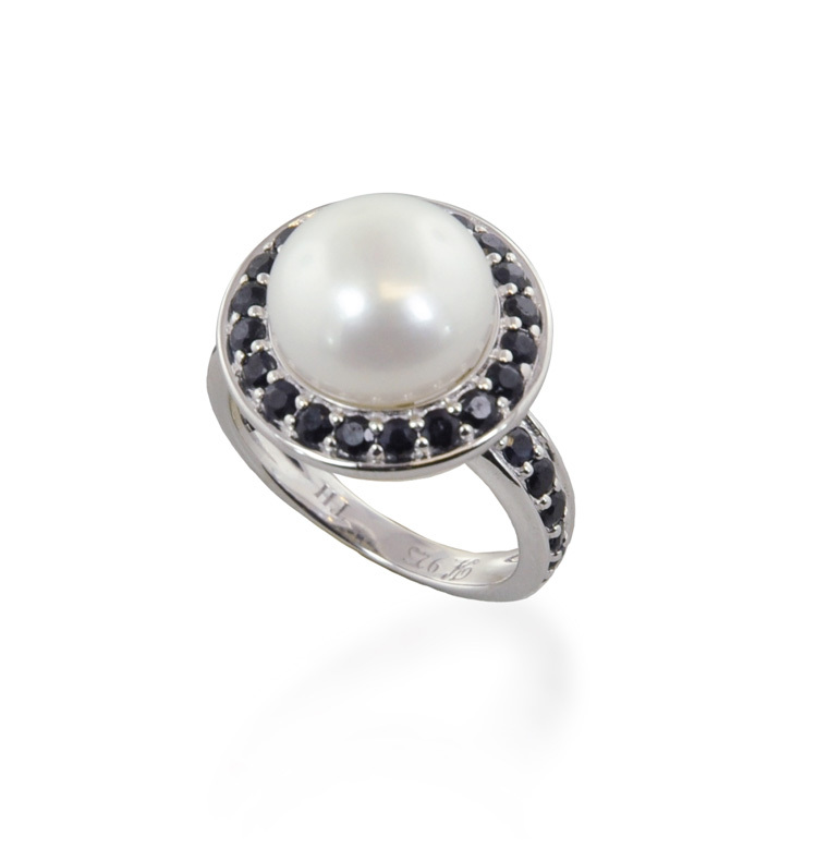Sterling Silver 11.5-12mm Black Button Freshwater Cultured Pearl with White Sapphire Ring
