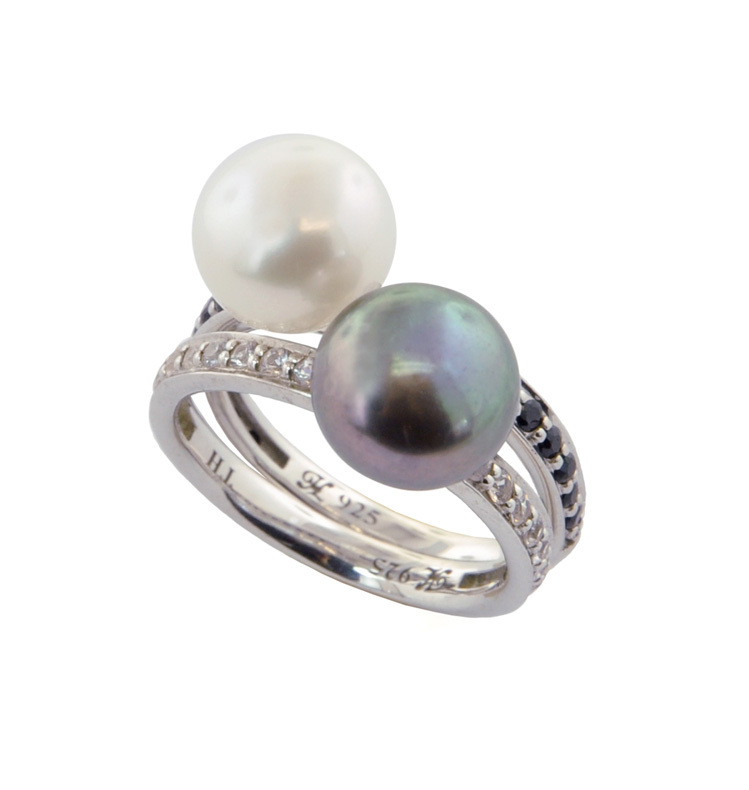 Set of (2) Sterling Silver 9.5-10mm Black/White Button Freshwater Cultured Pearl with White/Black Sapphire Stack Ring